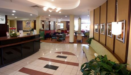 Courtyard Marriott Collierville lobby